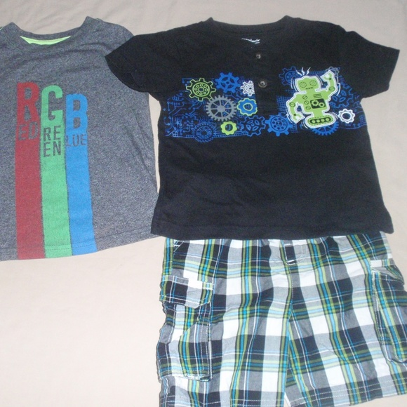 NWT Boy/'s Cat /& Jack Cargo Shorts Blue Plaid Choose Size.